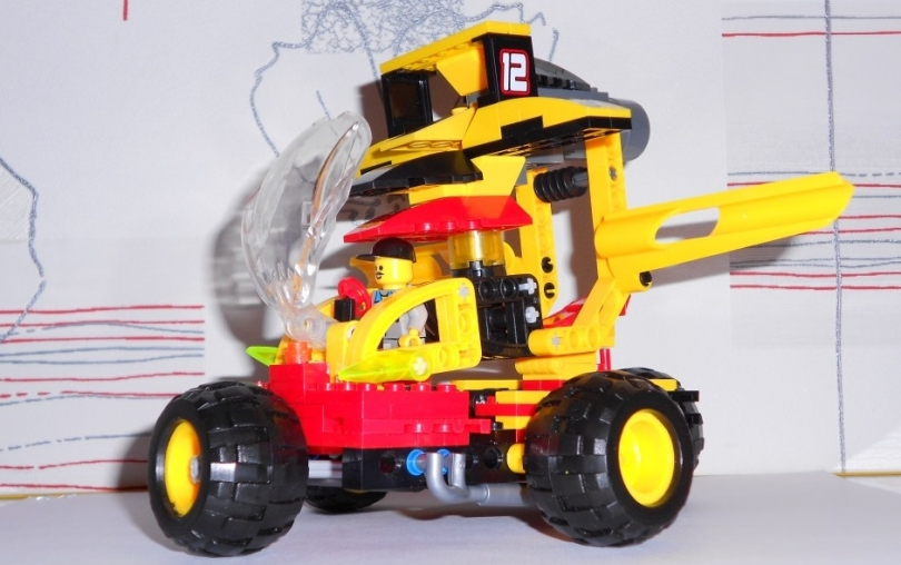 Лего бУМ